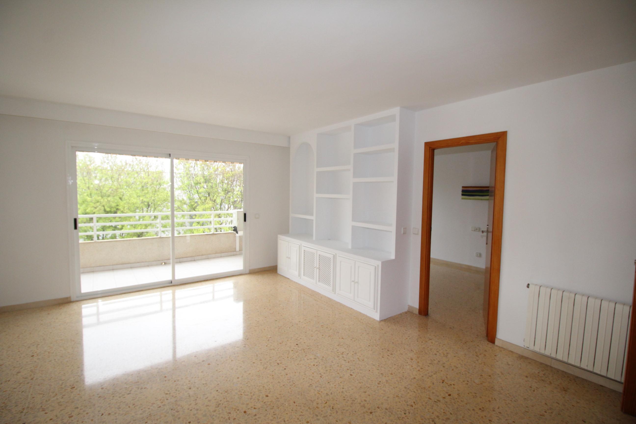 2052-M Alquiler Bonito piso en el Molinar
